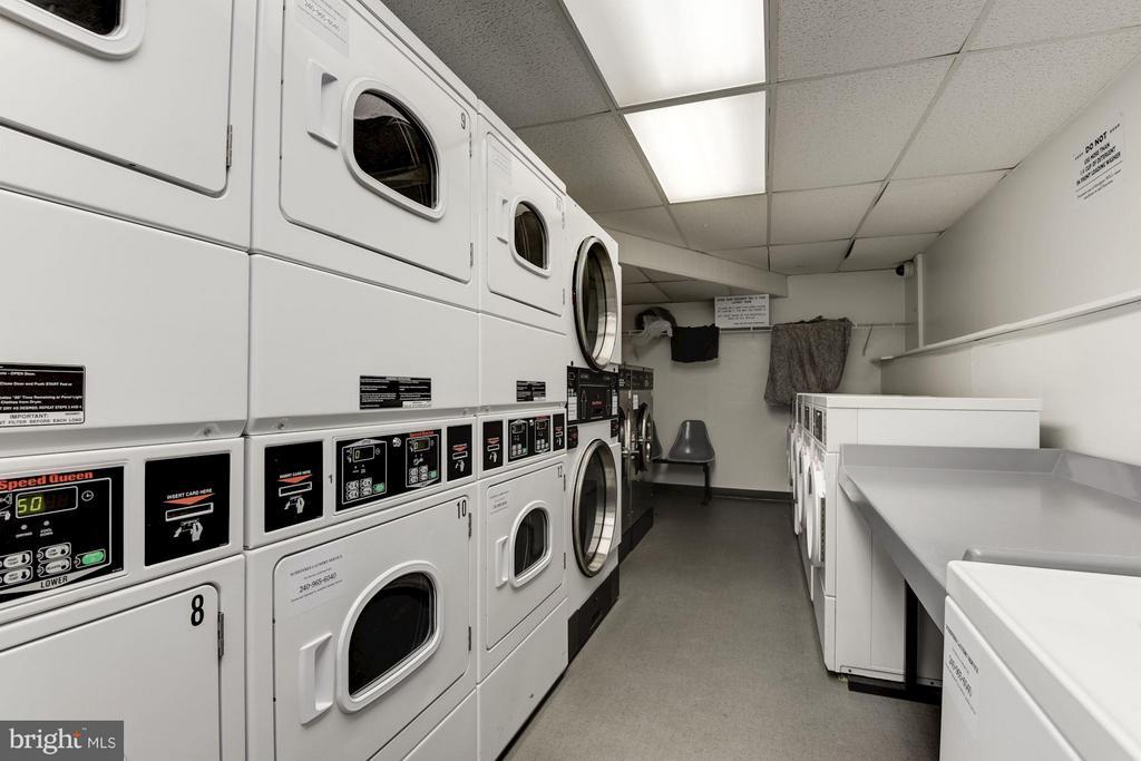 On-site laundry - 1301 DELAWARE AVE SW #N-518, WASHINGTON