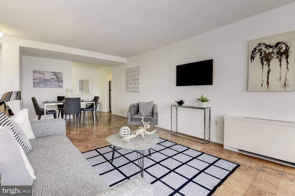 Open living/dining area - 1301 DELAWARE AVE SW #N-518, WASHINGTON
