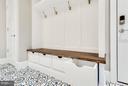 Mud Room Built-In - 3859 GANELL PL, FAIRFAX