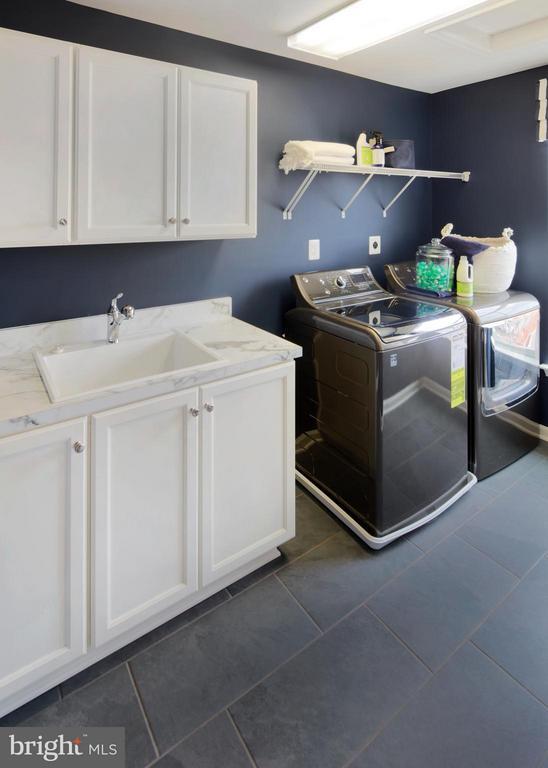 Laundry Room - 4 BRIGHTSTAR DR, MANASSAS