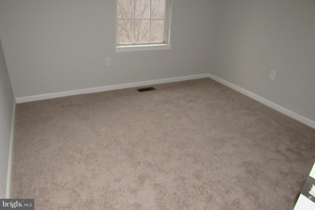 2nd BED ROOM - 7144 MAHOGANY DR #3, LANDOVER