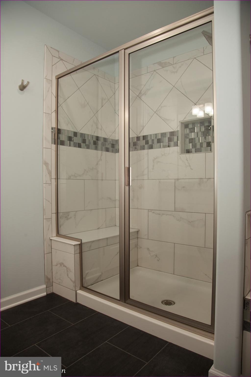 Standing Full Tile Shower with Sitting Area
