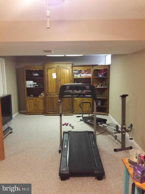 Another look at large basement family area - 14789 STATLER DR, WOODBRIDGE
