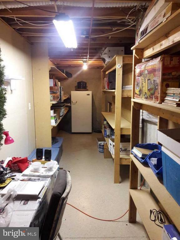 Lots of storage in basement - 14789 STATLER DR, WOODBRIDGE