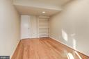 4th bedroom in lower level w/ full bath - 2025 CHADDS FORD DR, RESTON