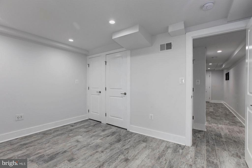 Bedroom with walkout - 5104 8TH ST NW, WASHINGTON