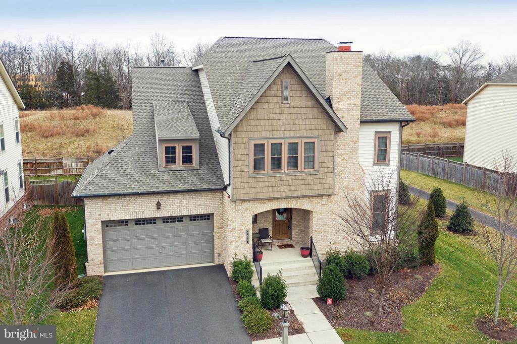 42402  MYAN GOLD DRIVE, Ashburn, Virginia