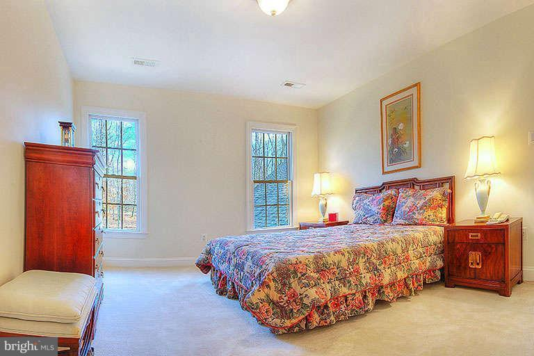 Spacious guest bedrooms - 6142 WALKER'S HOLLOW, LOCUST GROVE