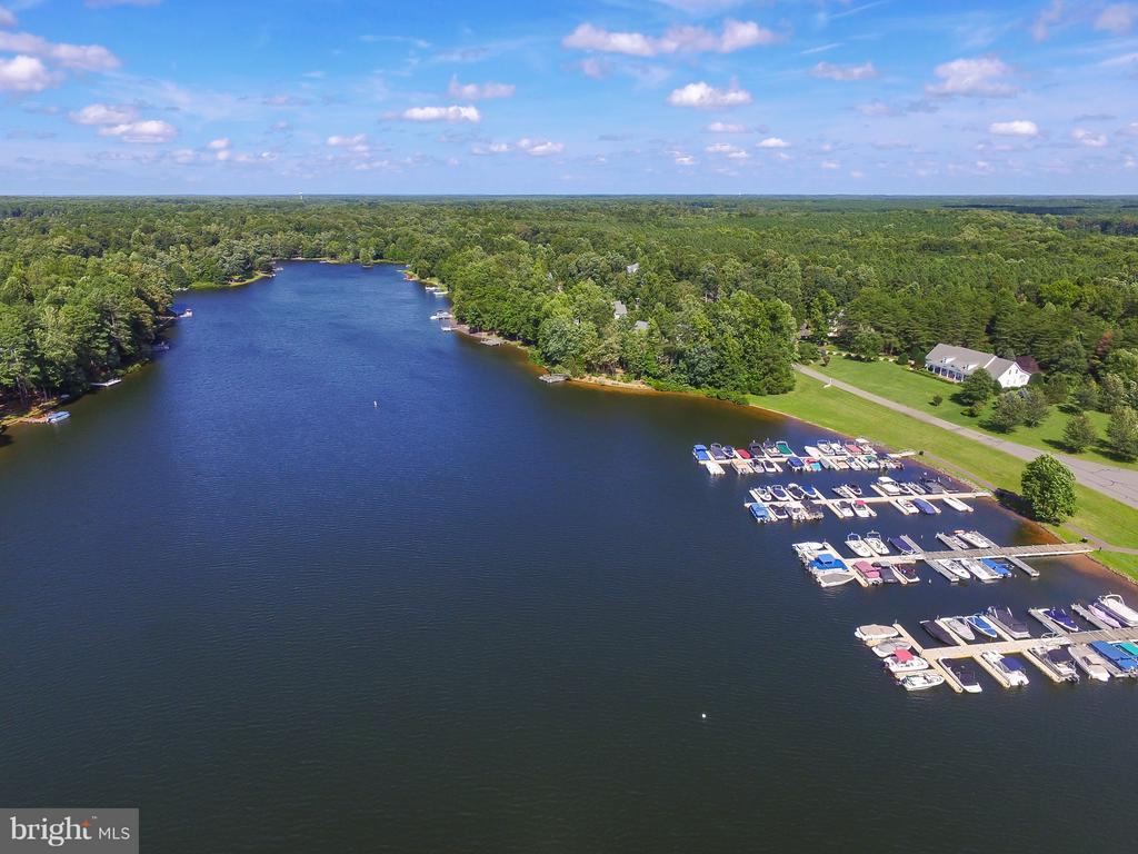 Fawn Lake Marina and Yacht Club - 11400 STONEWALL JACKSON DR, SPOTSYLVANIA