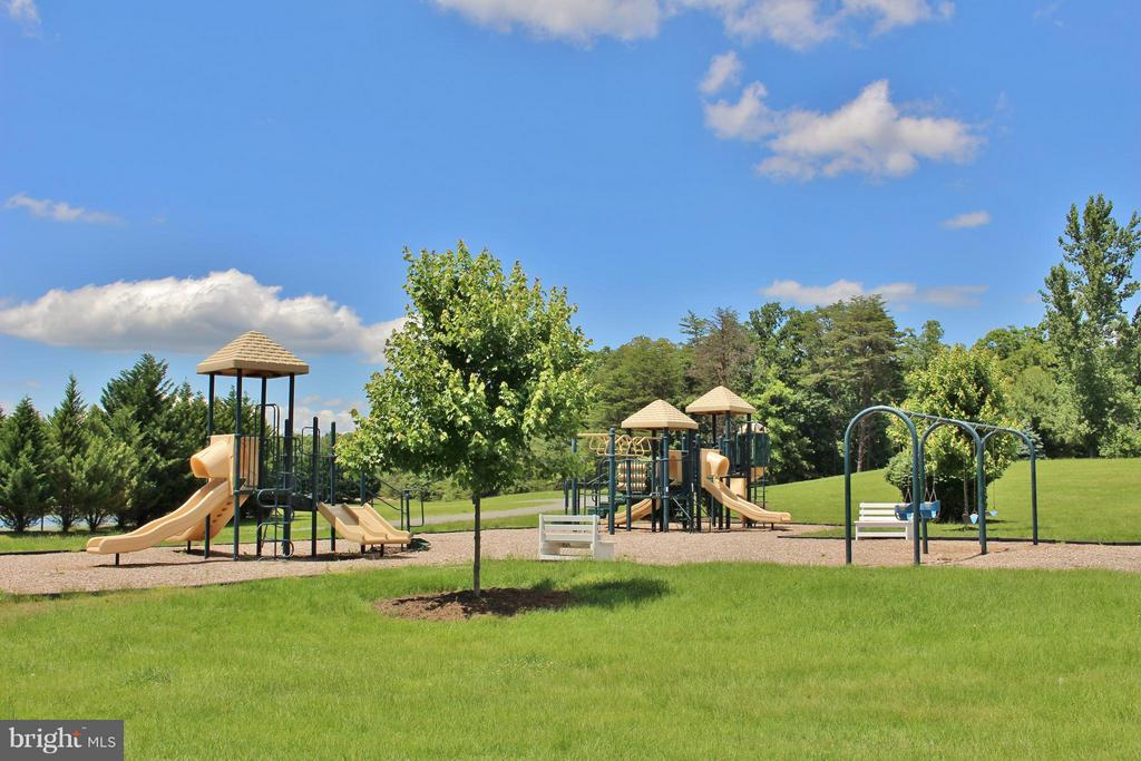 Parks, playgrounds and Dog Park - 11400 STONEWALL JACKSON DR, SPOTSYLVANIA