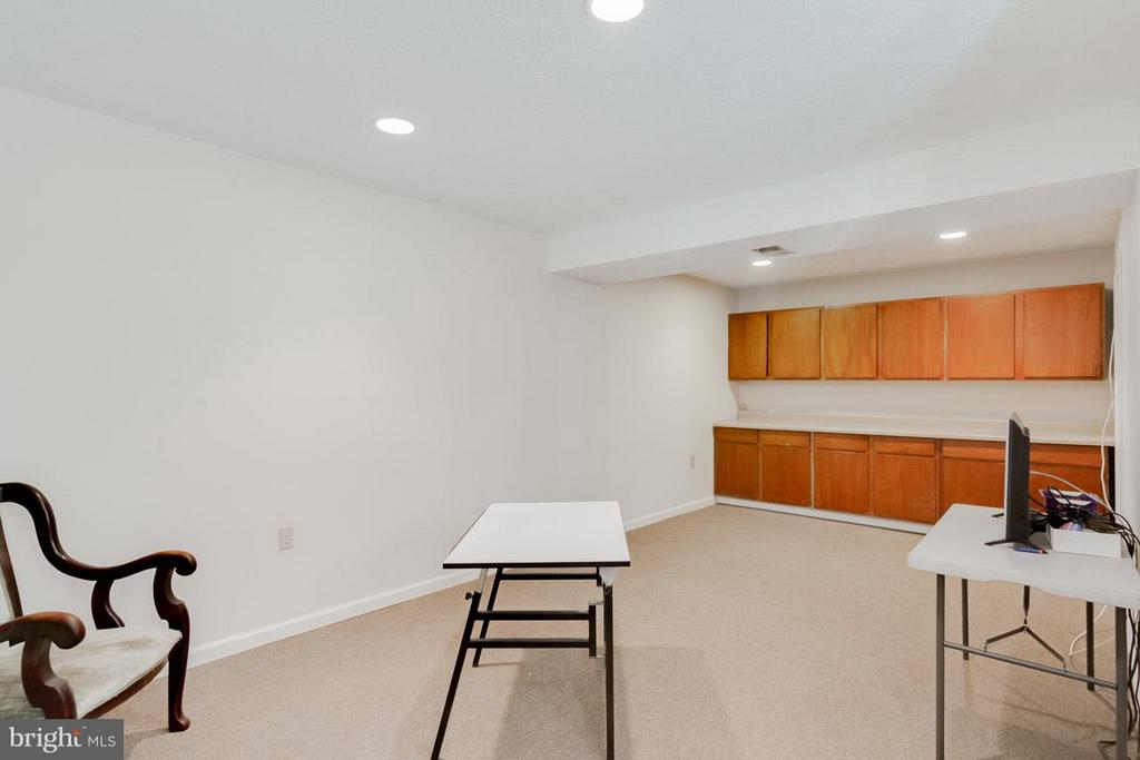 Partially finished basement - 11316 LOCH NESS DR, FREDERICKSBURG