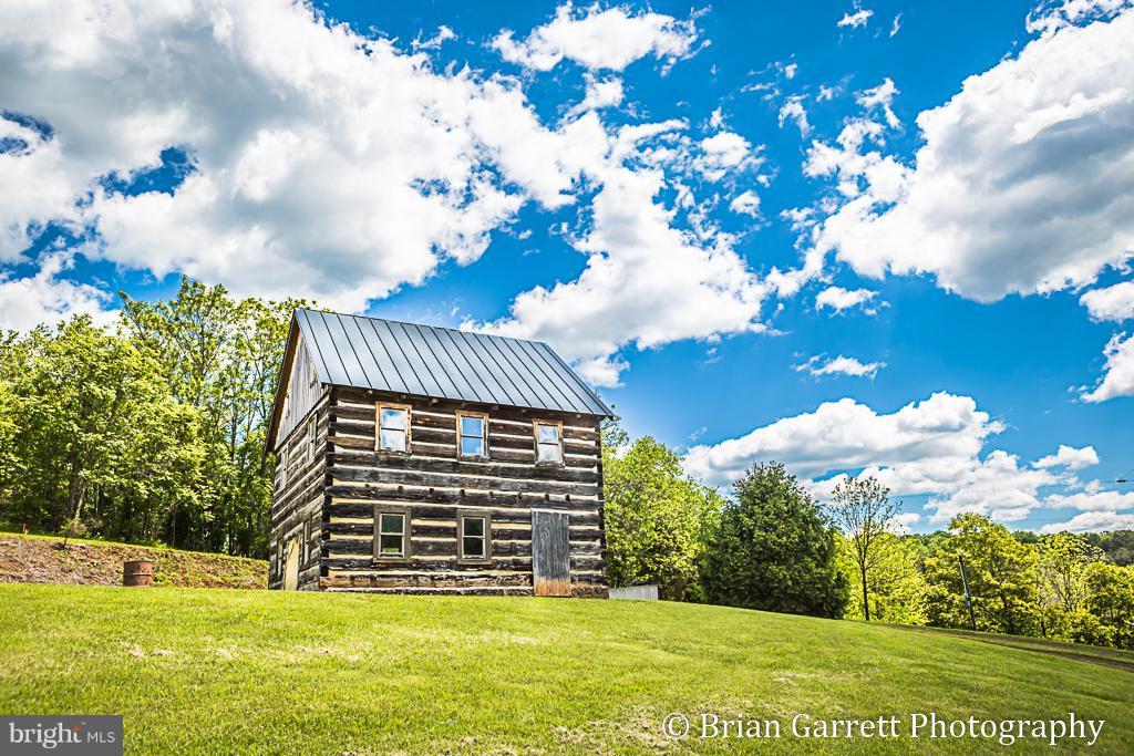 Single Family Homes للـ Sale في Sperryville, Virginia 22740 United States