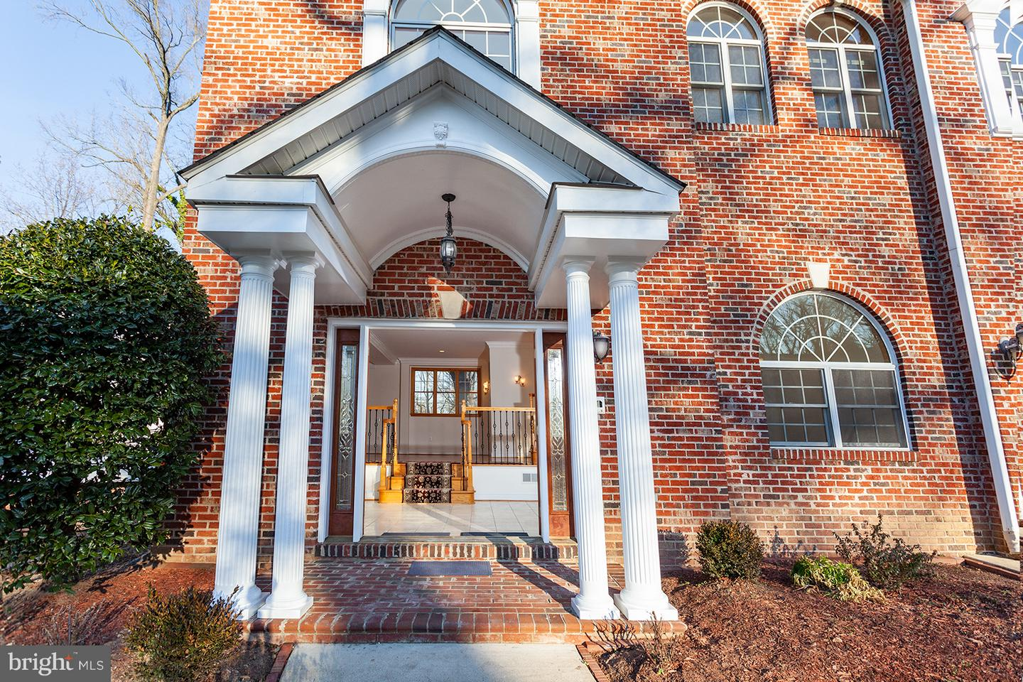 Additional photo for property listing at 5500 Brookland Rd 5500 Brookland Rd Alexandria, Virginia 22310 United States