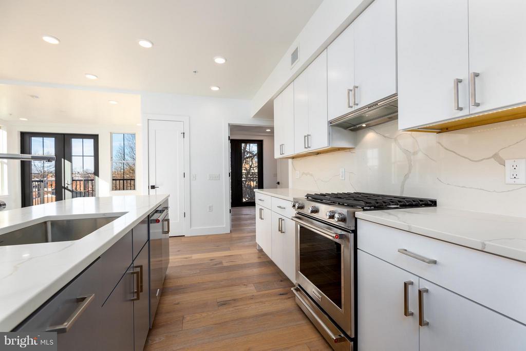 KitchenAid appliances - 1245 PIERCE ST N #7, ARLINGTON