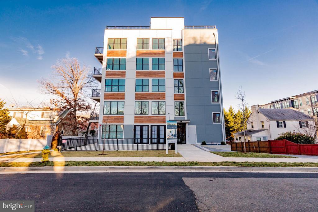 New construction in Arlington - 1245 PIERCE ST N #7, ARLINGTON