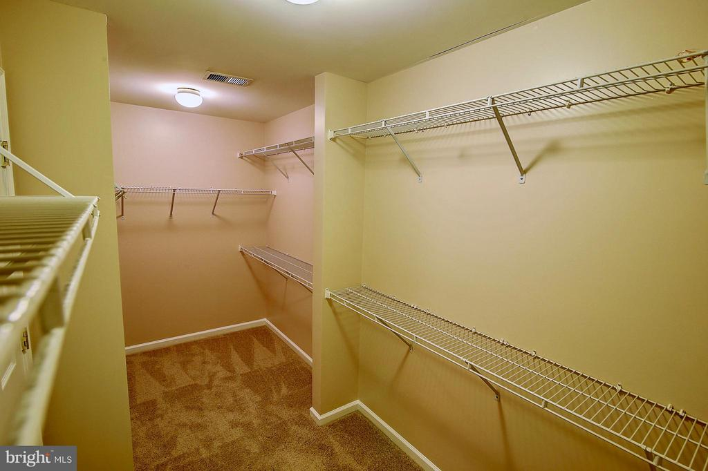 Master Bedroom Walk-in Closet - 25804 SPRING FARM CIR, CHANTILLY