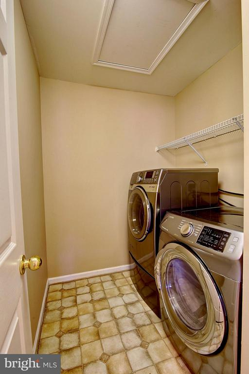 Laundry - 25804 SPRING FARM CIR, CHANTILLY