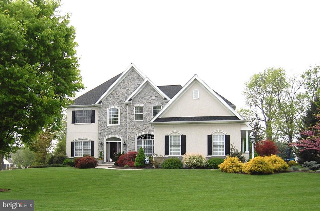 353 N FARM DRIVE, Manheim Township, Pennsylvania