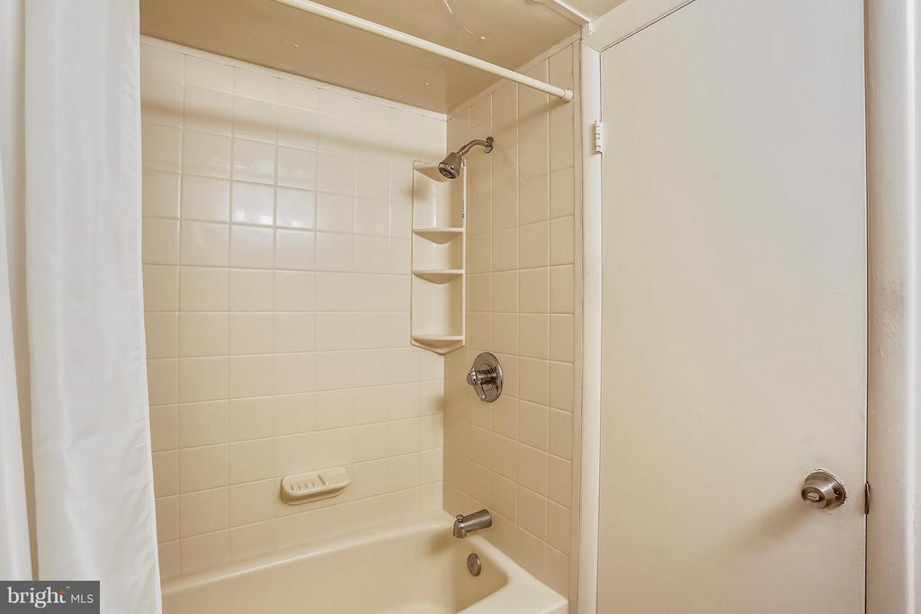 Second updated Bathroom - 2301 GREENERY LN #104-5, SILVER SPRING