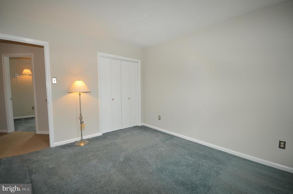 Second bedroom - 14609 BATAVIA DR, CENTREVILLE