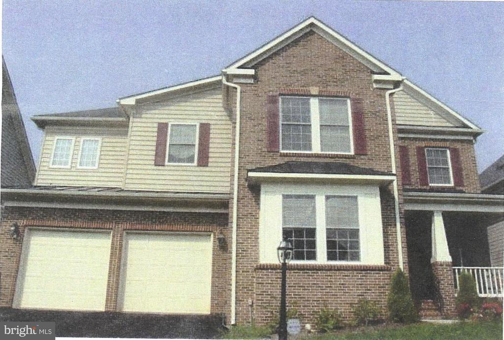 Welcome home to 44064 Riverpoint - 44064 RIVERPOINT DR, LEESBURG