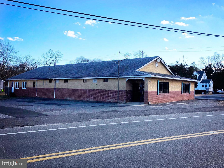 Vente au détail pour l Vente à Waretown, New Jersey 08758 États-Unis