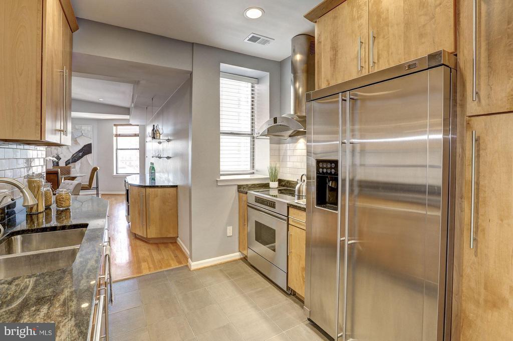 Main Level - Kitchen - 1416 21ST ST NW #301, WASHINGTON