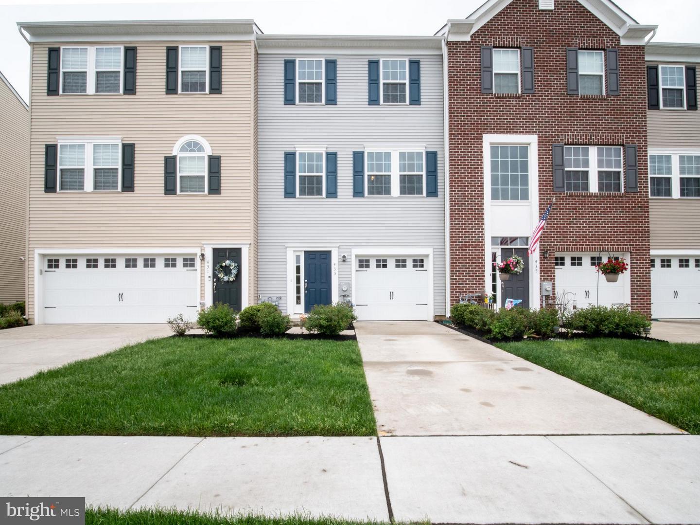 Photo of home for sale at 433 Dogwood, Deptford NJ