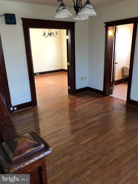 living room - 1123 MICHIGAN AVE NE, WASHINGTON