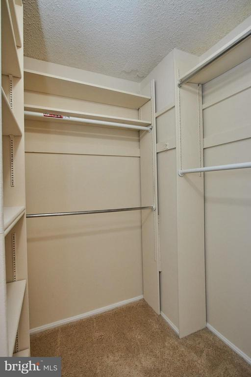 Built in closet in Bedroom - 5500 HOLMES RUN PKWY #805, ALEXANDRIA