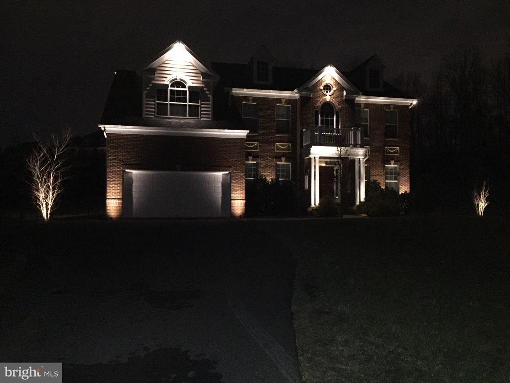 Night view - 6501 OSBORNE HILL DR, UPPER MARLBORO