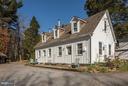Carriage House - 16449 ED WARFIELD RD, WOODBINE