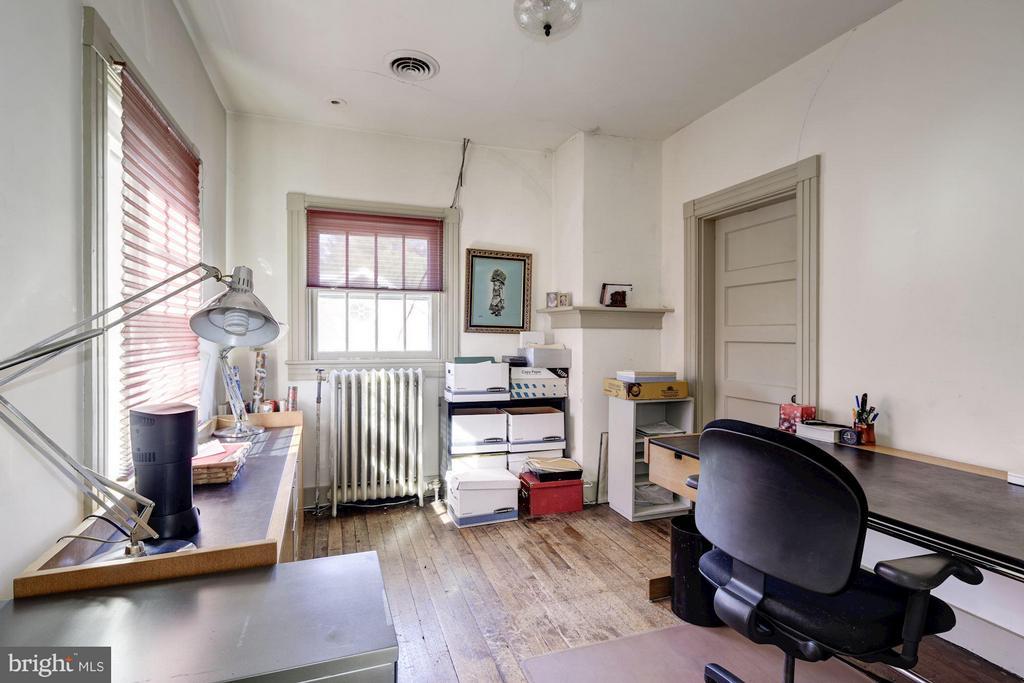 Bedroom 11 - 16449 ED WARFIELD RD, WOODBINE