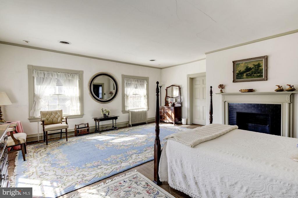 Bedroom 8 - 16449 ED WARFIELD RD, WOODBINE