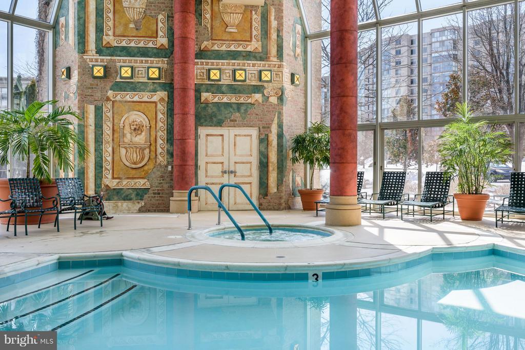 Indoor Pool in Lansdowne Clubhouse - 19360 MAGNOLIA GROVE SQ #101, LEESBURG