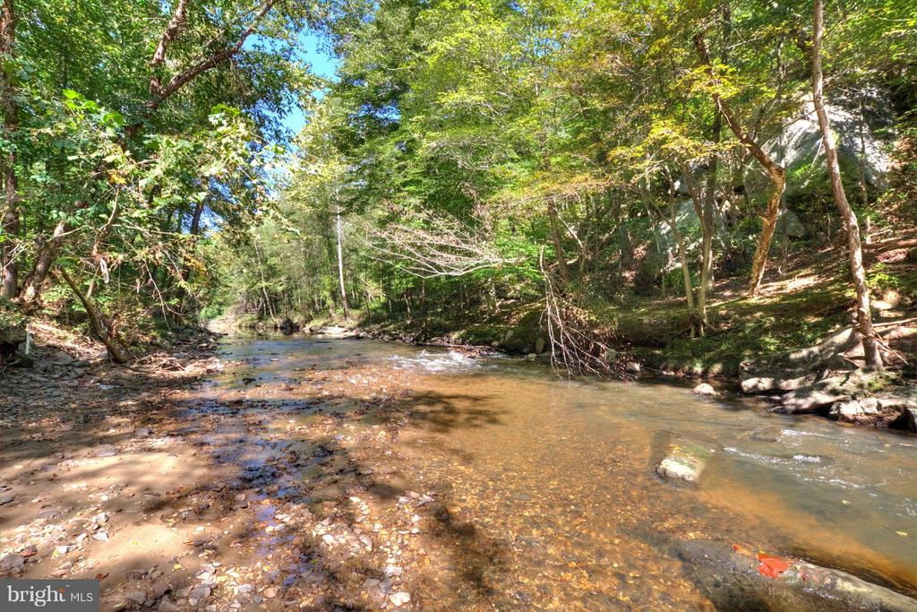 Creek - 7305 BEECHWOOD DR, SPRINGFIELD