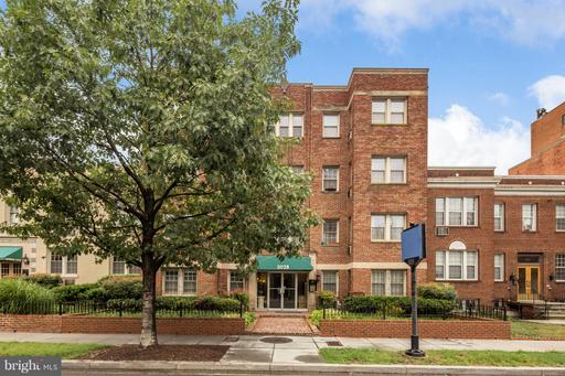 3028 WISCONSIN AVE NW #402