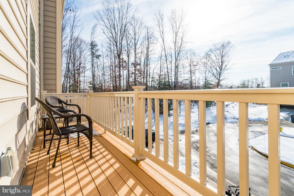 Outdoor Seating Area - 117 SWEETGUM CT, STAFFORD