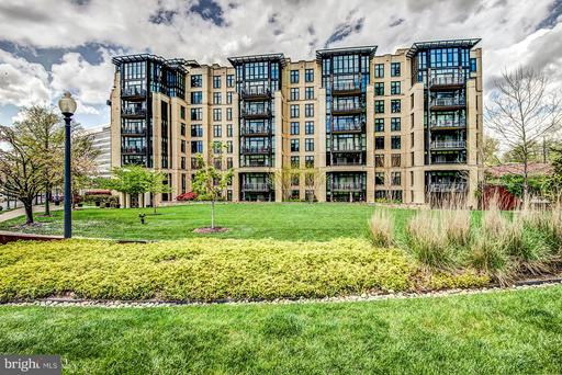 4301 MILITARY RD NW #204
