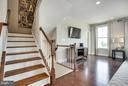 - 17976 SPOTTED OAK RD, DUMFRIES