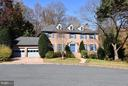 Welcome to 4148 Round Hill Road - 4148 ROUND HILL RD, ARLINGTON