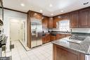 Kitchen - 4148 ROUND HILL RD, ARLINGTON