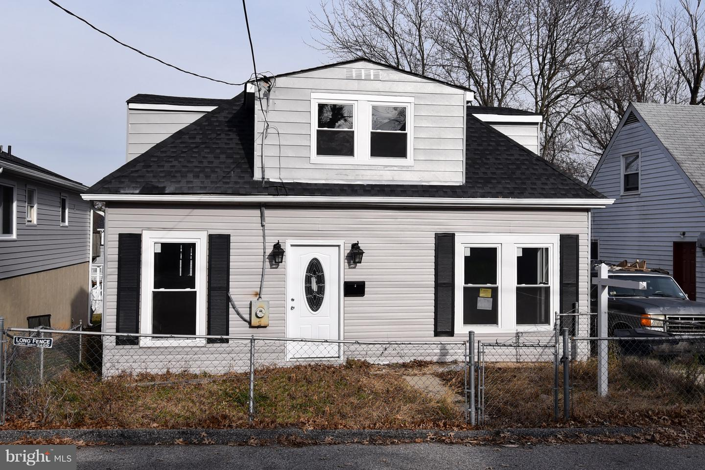 Photo of home for sale at 5104 Cumberland Street, Capitol Heights MD