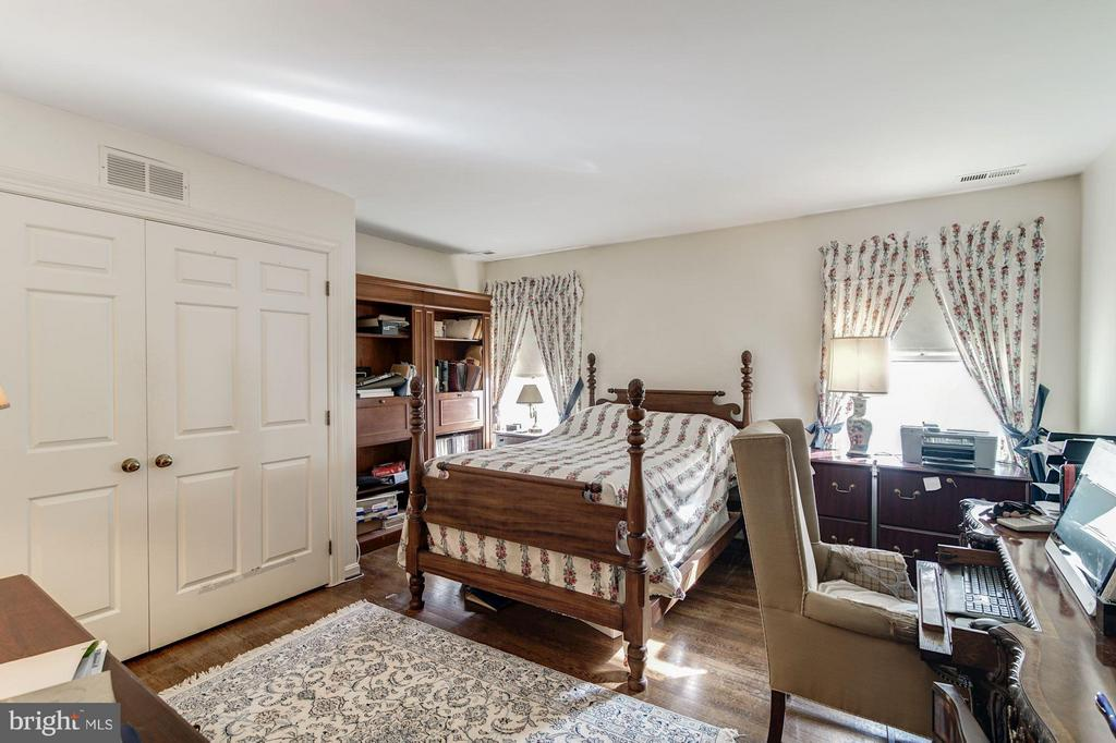 Third Bedroom - 4148 ROUND HILL RD, ARLINGTON