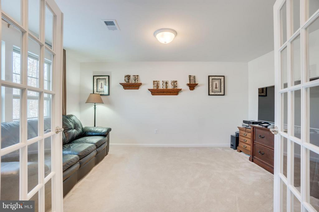 Double French Doors to the Main Level Office/Den - 117 SWEETGUM CT, STAFFORD