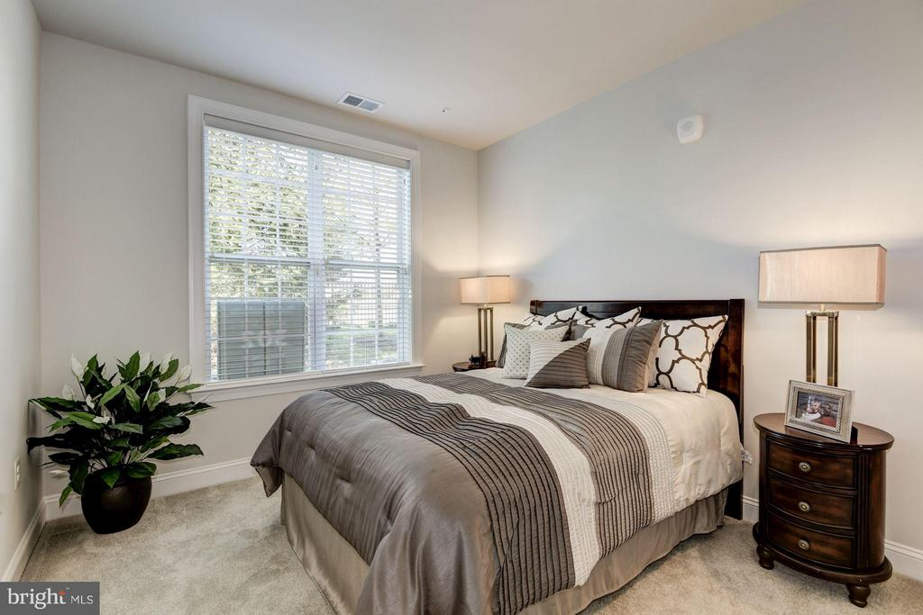 Faircourt  Secondary Bedroom - 21007 ROCKY KNOLL SQ #105, ASHBURN