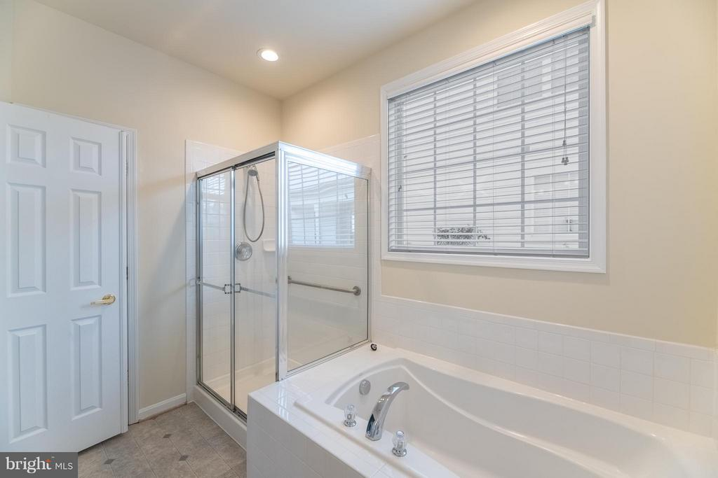 Master Bathroom - 13044 TRIPLE CROWN LOOP, GAINESVILLE