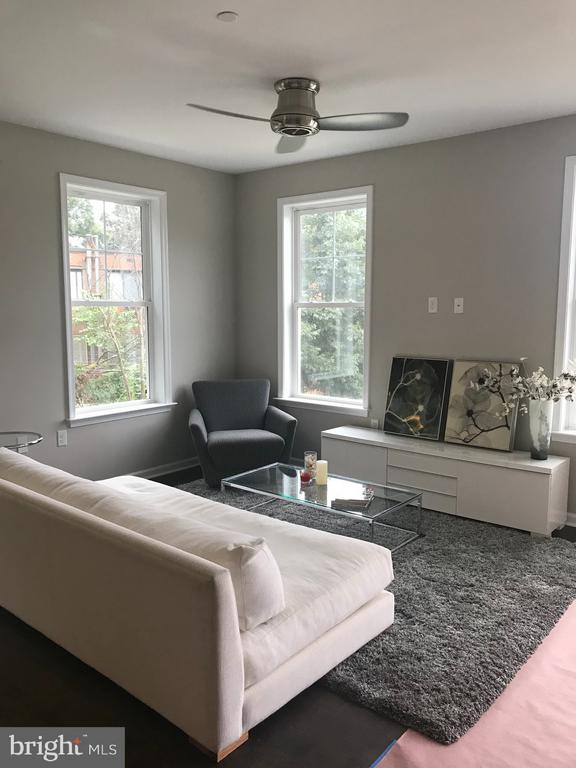 Living Room - 412 WOODCREST DR SE #A, WASHINGTON
