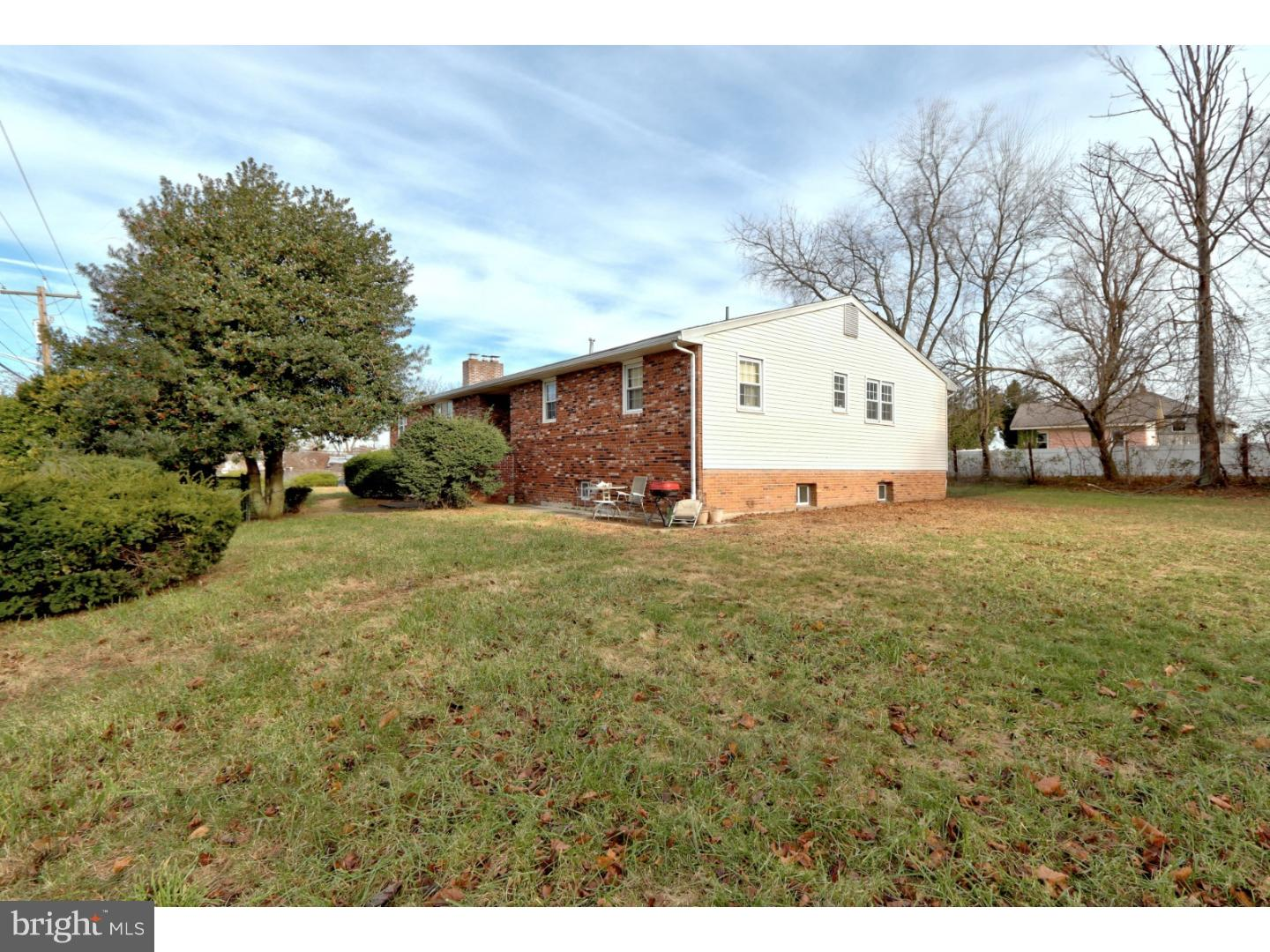 Single Family Home for Sale at 7 COOPER Street Burlington Township, New Jersey 08016 United States