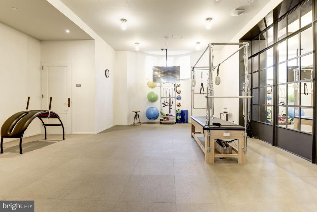 Pilates and Yoga Studio - 2660 CONNECTICUT AVE NW #3C, WASHINGTON